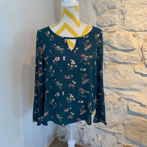 NWT sz small floral Forever 21 blouse